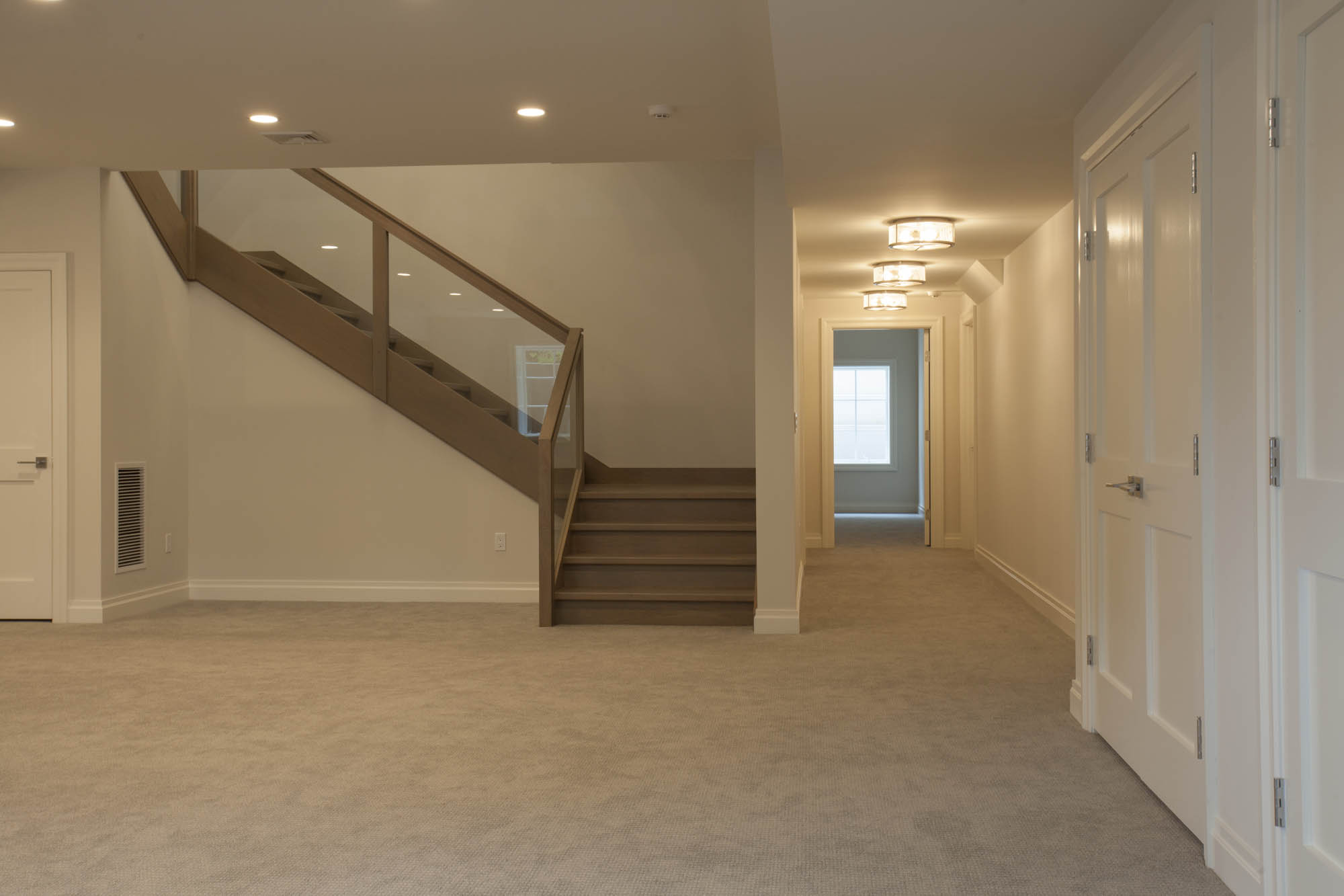 Coyle modular homes new home construction in scarsdale ny for Modular basement flooring